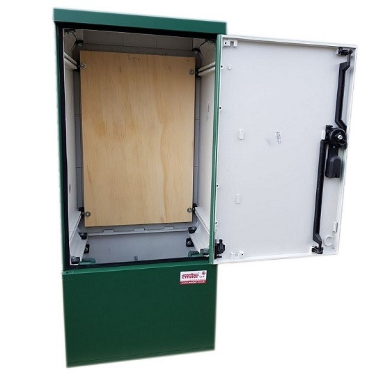 GRP Meter Box Green 400x910x320 mm